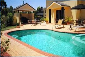 Hopkins House Motel  Apartments - Great Ocean Road Tourism