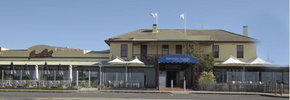 Barwon Heads Hotel - Great Ocean Road Tourism