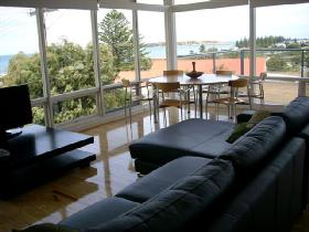 Victor Apartments - Adare Apartment - Great Ocean Road Tourism