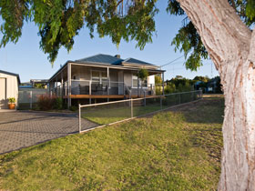 Serenity Holiday House - Great Ocean Road Tourism
