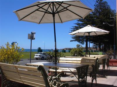 Anchorage at Victor Harbor Seafront Hotel - Great Ocean Road Tourism