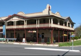 The Royal Hotel Adelong - Great Ocean Road Tourism