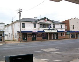 Globe Hotel Bombala - Great Ocean Road Tourism