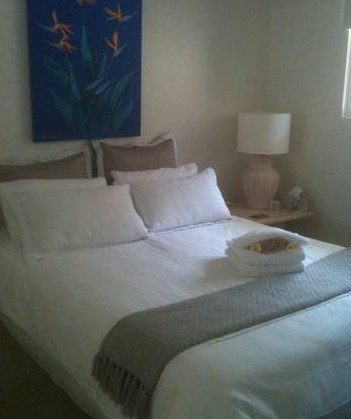 Absolute Beachfront Manly Bed and Breakfast - Great Ocean Road Tourism