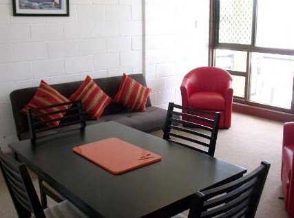 Como Holiday Apartments and Tropical Nites Motel - Great Ocean Road Tourism