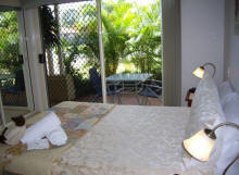 Alexander Lakeside Bed and Breakfast - Great Ocean Road Tourism