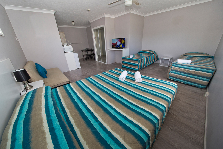 Burleigh Gold Coast Motel - Great Ocean Road Tourism
