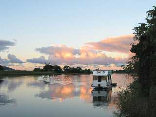Tweed River Houseboats - Great Ocean Road Tourism