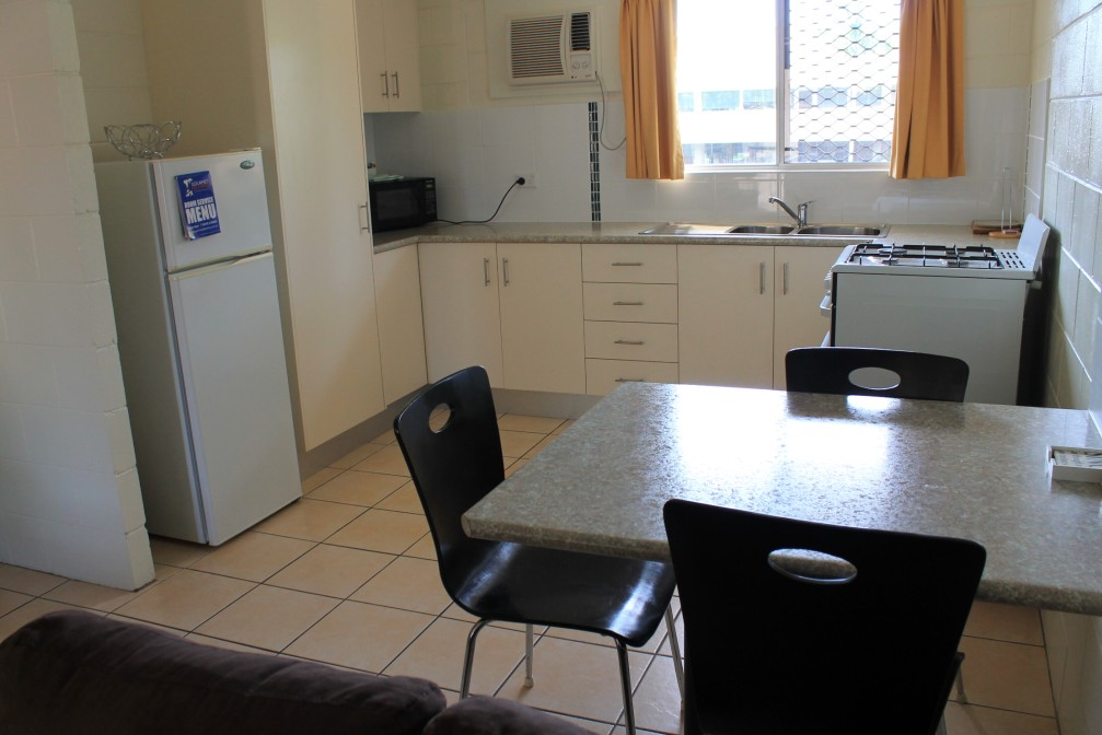 Oasis Inn Holiday Apartments - Great Ocean Road Tourism
