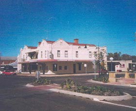 Namoi Hotel Motel - Great Ocean Road Tourism