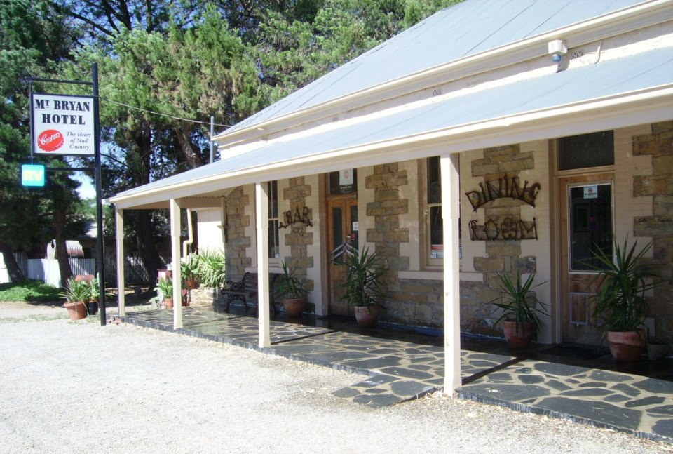Mount Bryan Hotel - Great Ocean Road Tourism