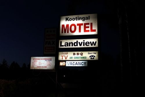 Kootingal Land View Motel