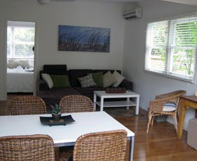 Seaside Cottage - Great Ocean Road Tourism