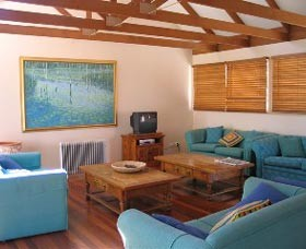 Kent Gardens Holiday House - Great Ocean Road Tourism