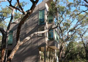 Aquila Eco Lodges - Great Ocean Road Tourism