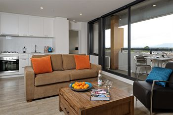 Apartments  IKON Glen Waverley - Great Ocean Road Tourism