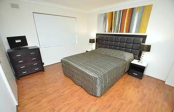 Balmain 3 Mont Furnished Apartment - Great Ocean Road Tourism