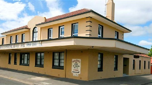 Grand Central Accommodation BB Cobden - Great Ocean Road Tourism