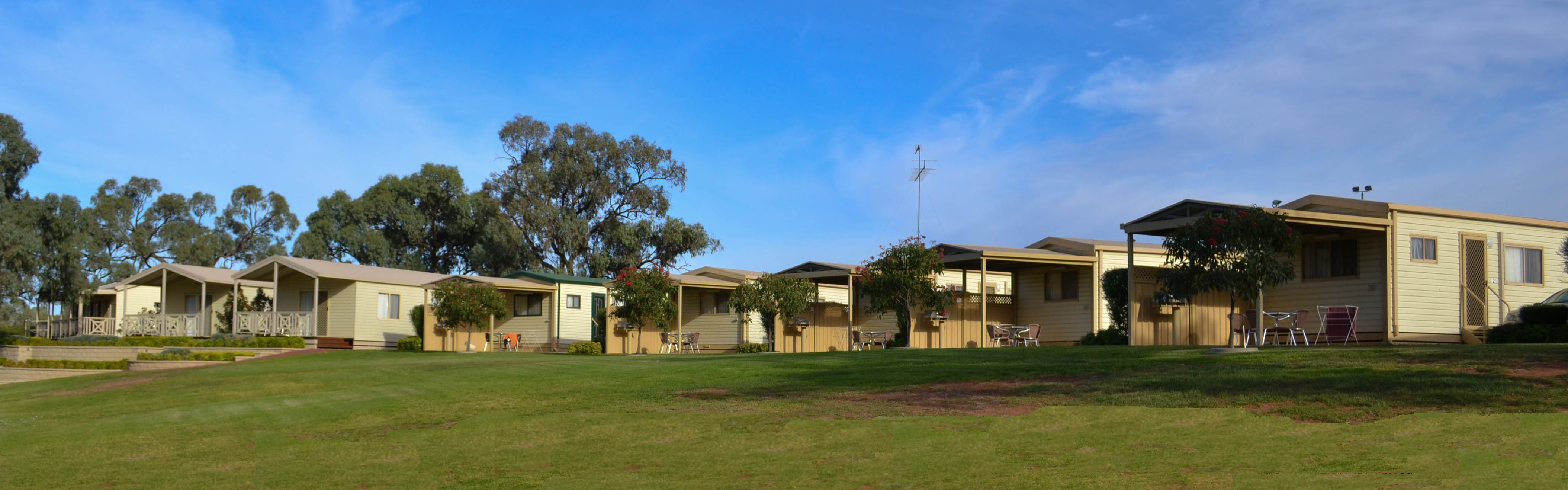 Euston Club Cabin Resort