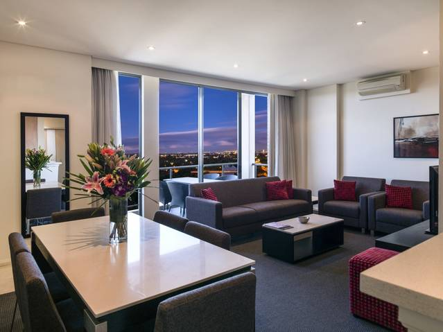 Meriton Serviced Apartments Parramatta - Great Ocean Road Tourism