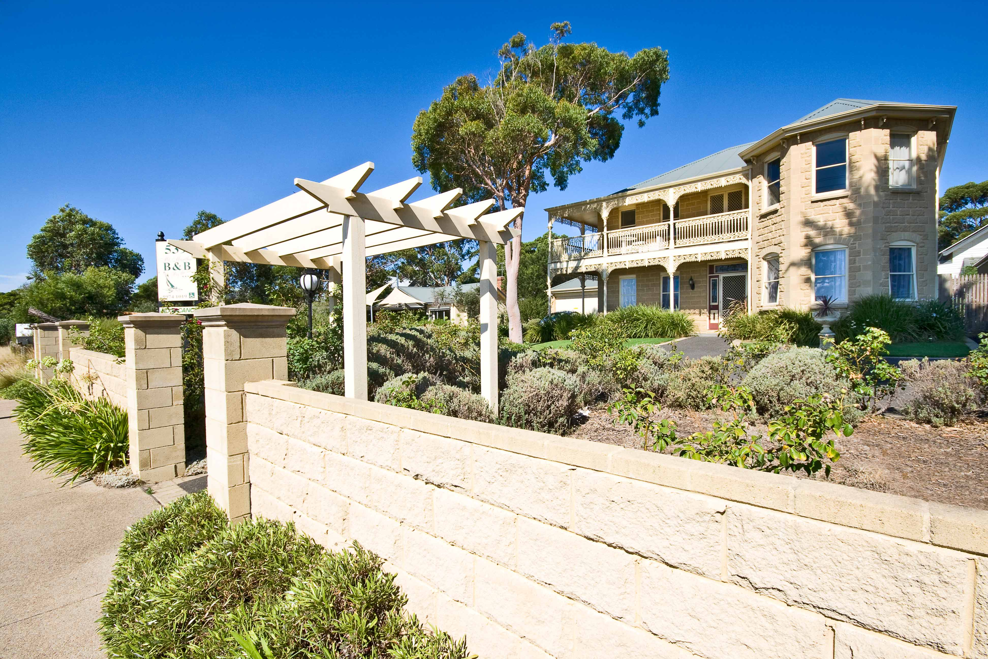 Mount Martha Bed  Breakfast by the Sea - Great Ocean Road Tourism