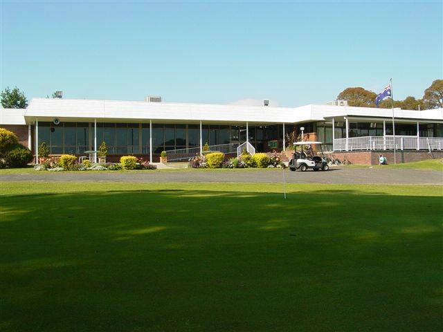 Tenterfield Golf Club and Fairways Lodge - Great Ocean Road Tourism