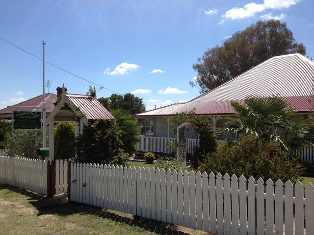 Tenterfield Luxury Historic c1895 Cottage - Great Ocean Road Tourism