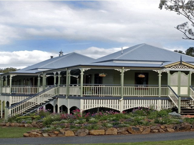The Sanctuary Springbrook Guest House Cottage - Great Ocean Road Tourism