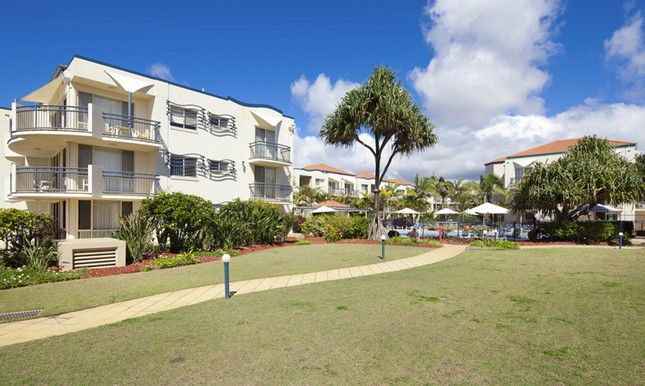 Golden Riviera Beach Resort - Great Ocean Road Tourism