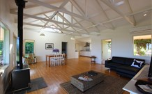 Yellow Dog Cottage - - Great Ocean Road Tourism