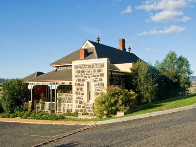 Hermitage Hill Resort - Great Ocean Road Tourism
