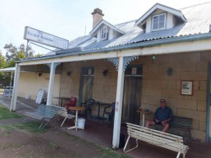 Marshall McMahon Inn - Great Ocean Road Tourism