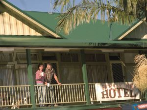 The Eltham Hotel  - Great Ocean Road Tourism