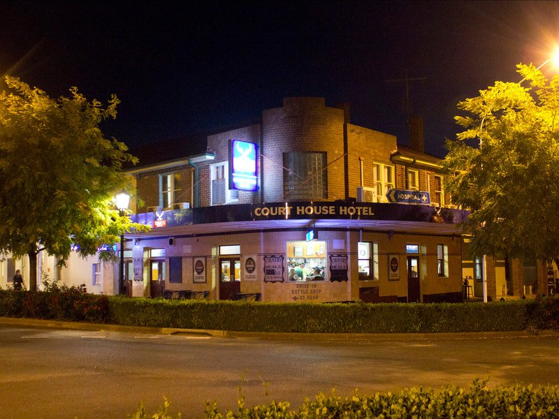 Courthouse Hotel Boorowa - Great Ocean Road Tourism
