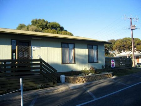 Lake Albert Caravan Park - Great Ocean Road Tourism