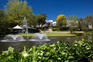 Crowne Plaza Hawkesbury Valley - Great Ocean Road Tourism