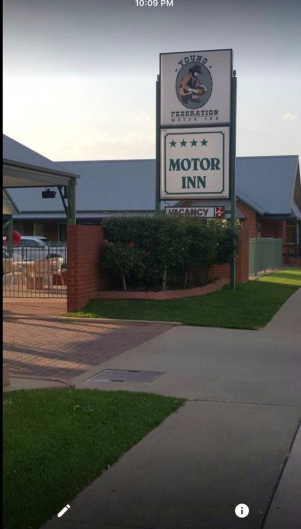 Federation Motor Inn Young - Great Ocean Road Tourism