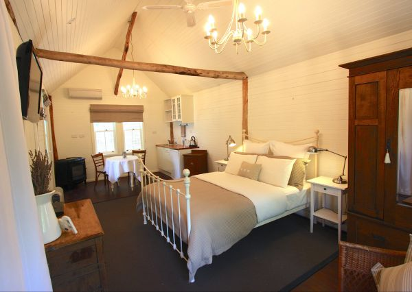 Laggan Cottage Bed and Breakfast - Great Ocean Road Tourism