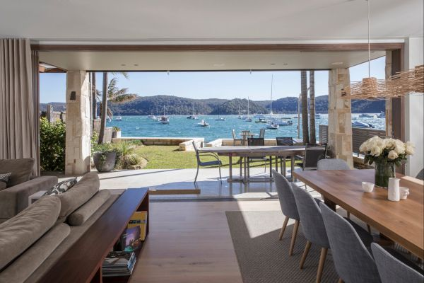Pittwater Beach House - Great Ocean Road Tourism