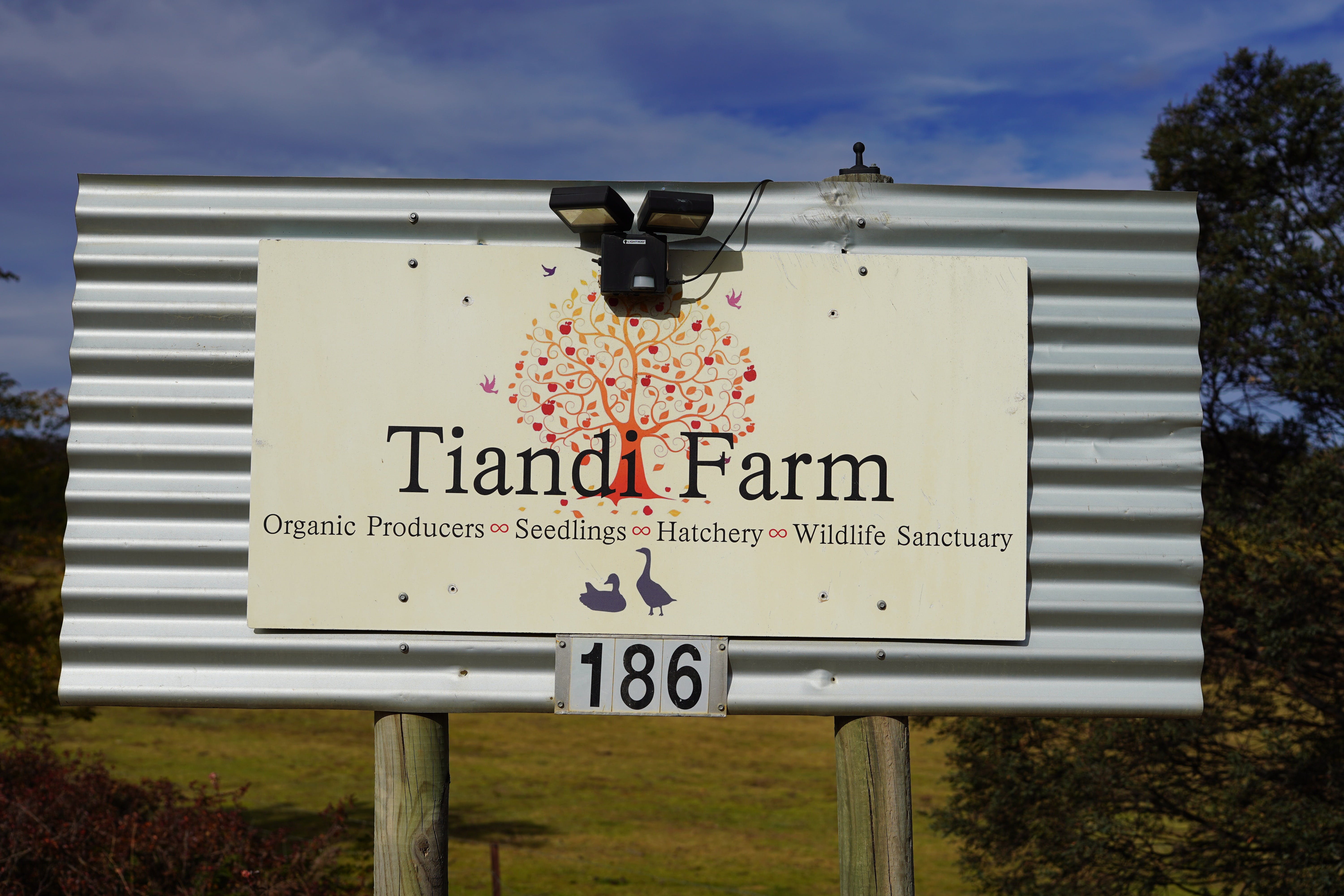 Tiandi Wildlife Sanctuary Farm Stay - Jambalaya Cottage - Great Ocean Road Tourism