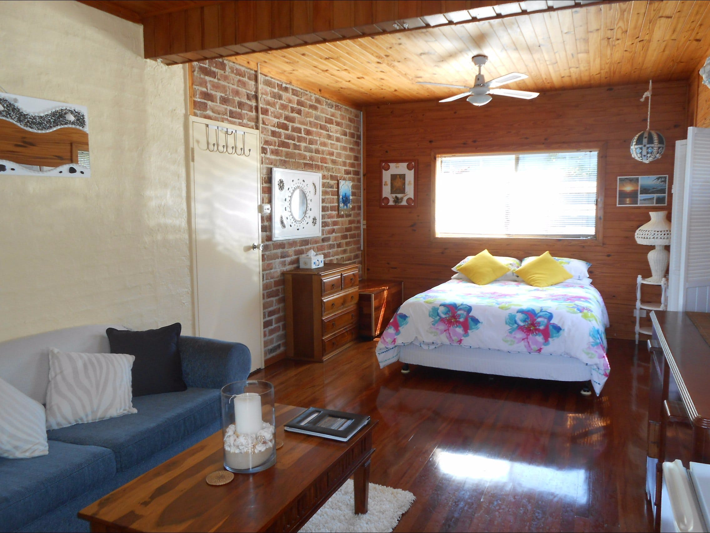 Frangi Breezes Bed and Breakfast - Great Ocean Road Tourism