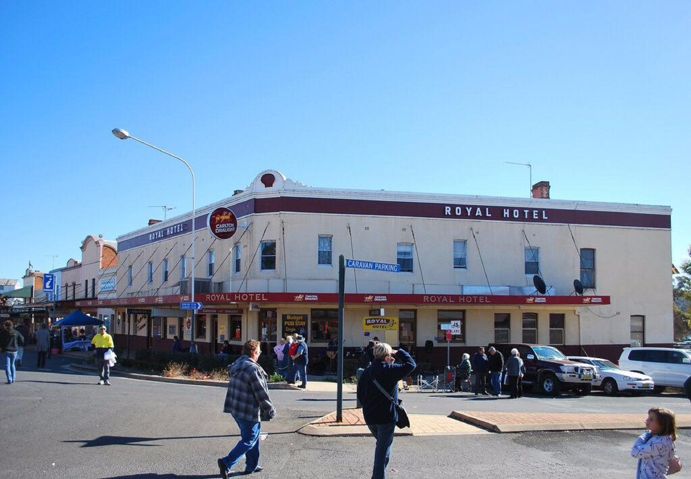 The Royal Hotel Grenfell - Great Ocean Road Tourism