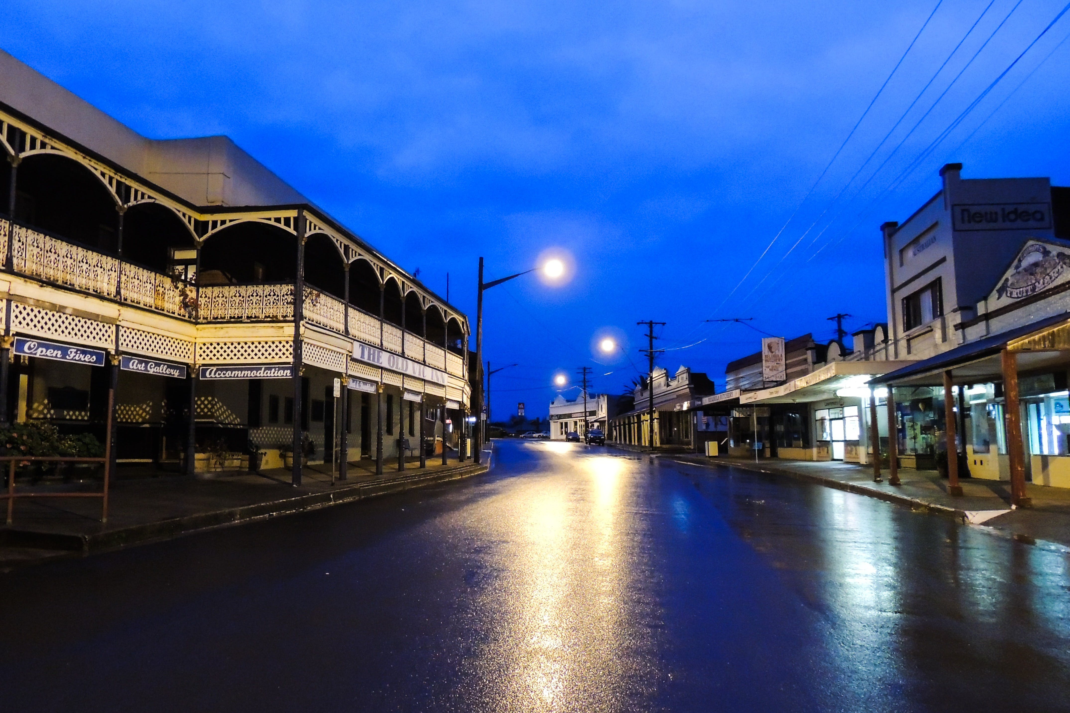 Canowindra Old Vic Inn - Great Ocean Road Tourism