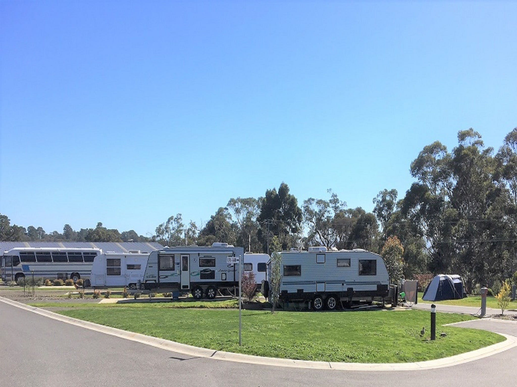 Lilydale Pine Hill Caravan Park - Great Ocean Road Tourism