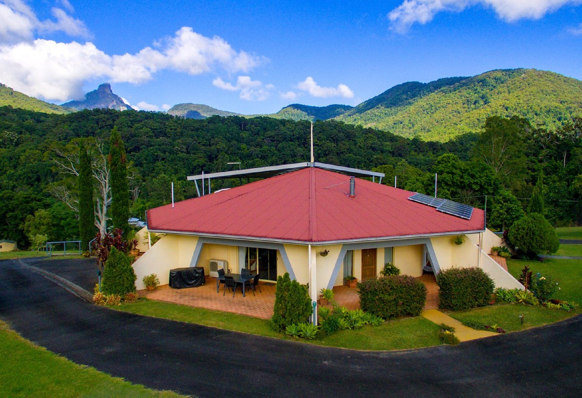 A View of Mount Warning Bed and Breakfast - Great Ocean Road Tourism