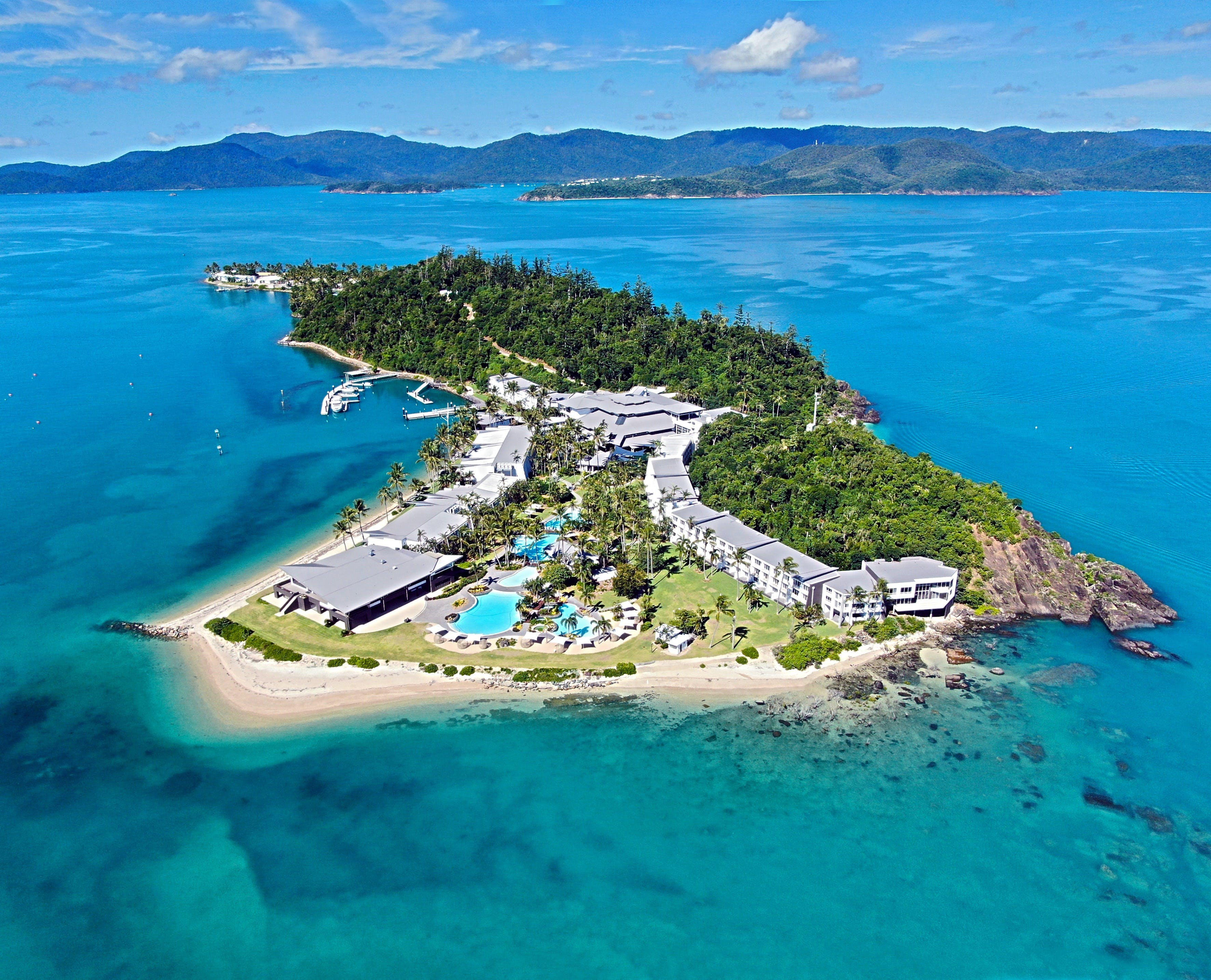 Daydream Island Resort and Living Reef - Great Ocean Road Tourism