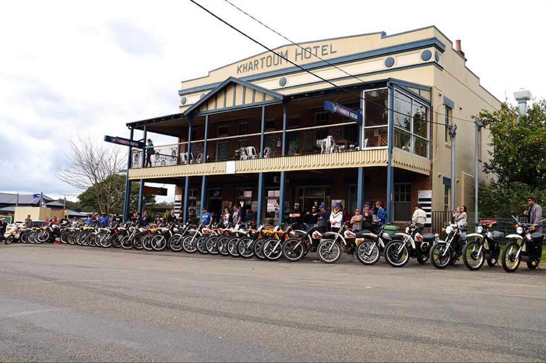 Kitchener Hotel - Great Ocean Road Tourism