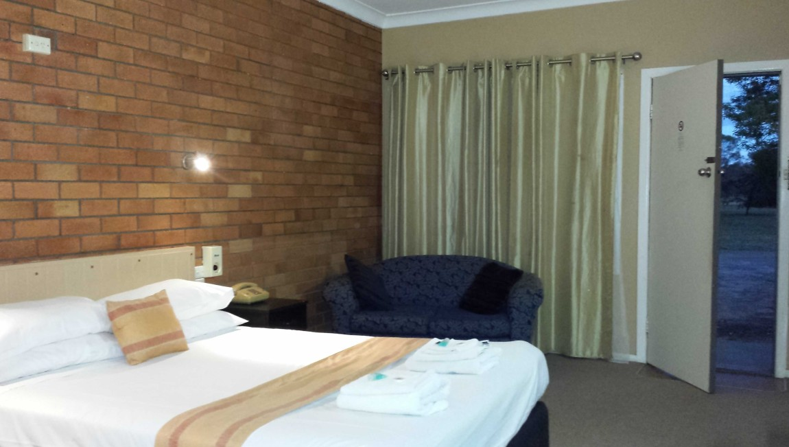 AA Hilldrop Motor Inn - Great Ocean Road Tourism