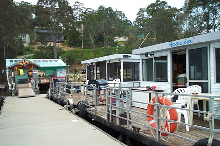 Clyde River Houseboats - Great Ocean Road Tourism