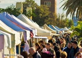 St Kilda Esplanade Market - Great Ocean Road Tourism
